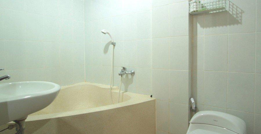 Superior/Deluxe Bathroom